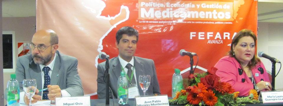 Miguel Osio (FEFARA), Juan Pablo Morales (CEPFAR) y Maria Laura Guaragna (CAFAPAR Paraguay) durante presentación en Jornadas.